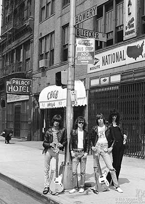 Ramones 1975 outside of CBGB-Photo credet 4 Web Use only ©BobGruen-wwwbobgruen.com